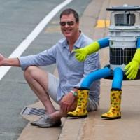07-25-halfront-hitchhiking-robot-jh